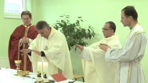 SVÄTÁ OMŠA S KRESŤANMI, UTEČENCAMI Z IRAKU