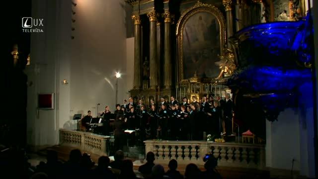 Hudobné pódium (87) CHORUS SALVATORIS