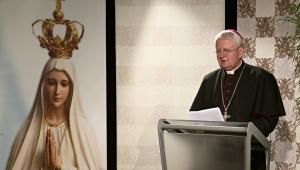 KROKY VIERY: Zasvätenie Nepoškvrnenému Srdcu Panny Márie a Božskému Srdcu Ježišovmu