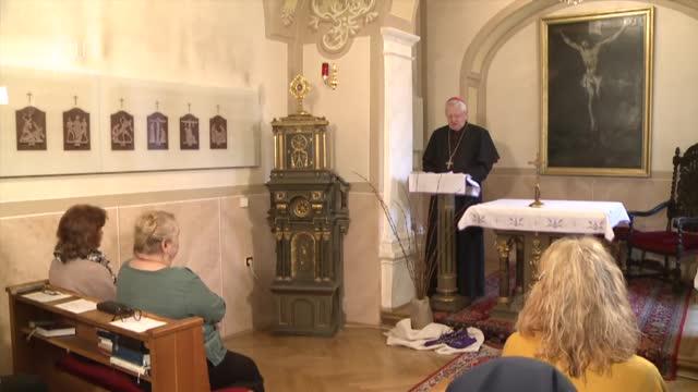 KROKY VIERY - PANNA MÁRIA, EUCHARISTICKÁ ŽENA