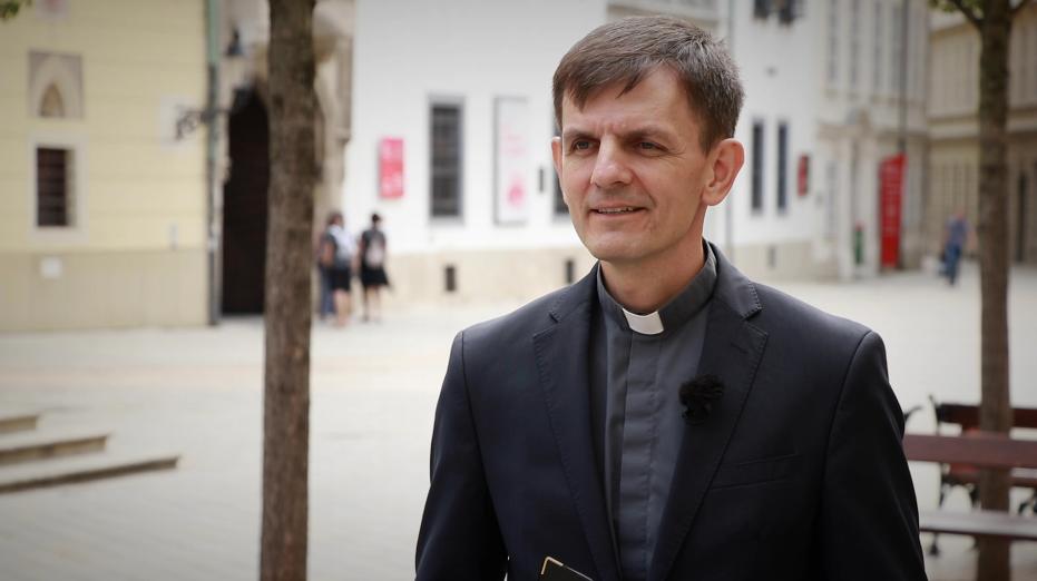 INTERVENCIA KBS PRED SÚDOM KVÔLI ZNEUCTENIU EUCHARISTIE