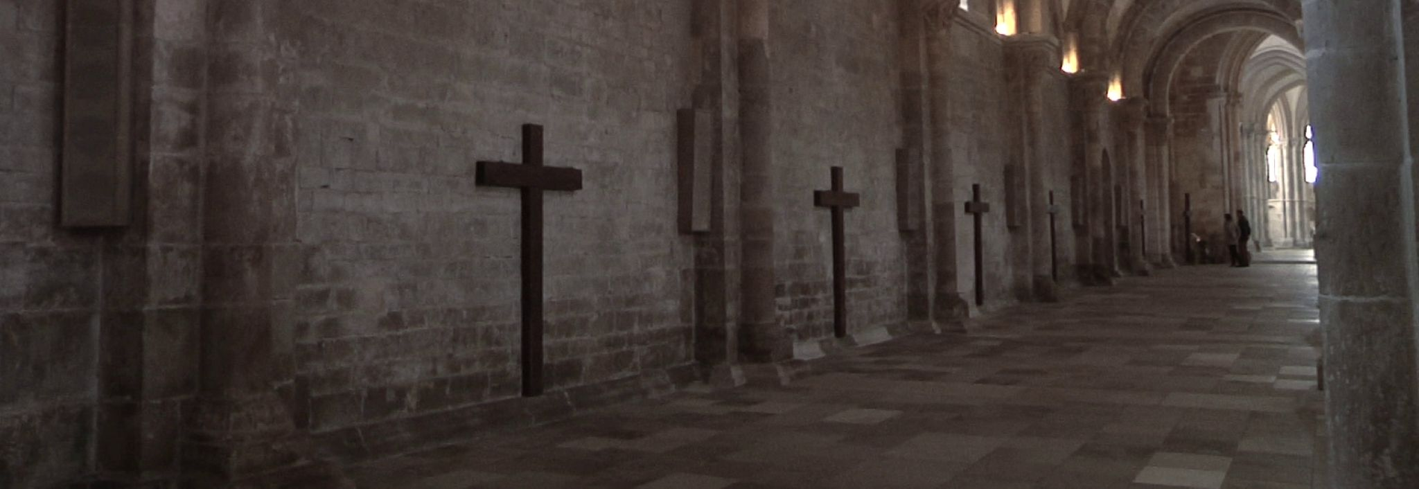 Kríž či meč?
