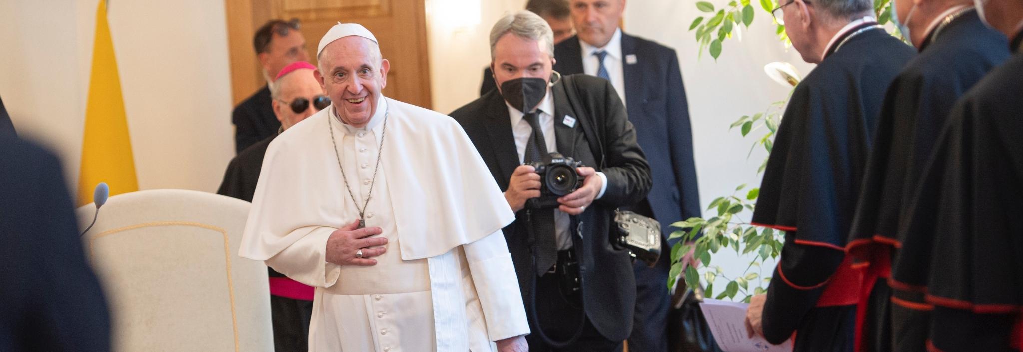 Návšteva Svätého Otca Františka v archíve TV LUX